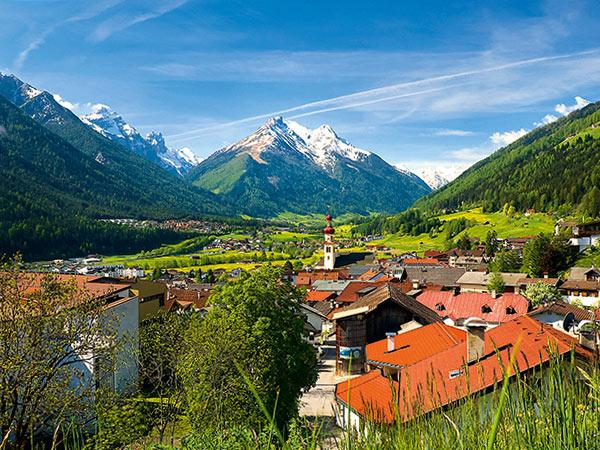Fulpmes im Stubaital / Urlaub für Genießer in Tirol Image