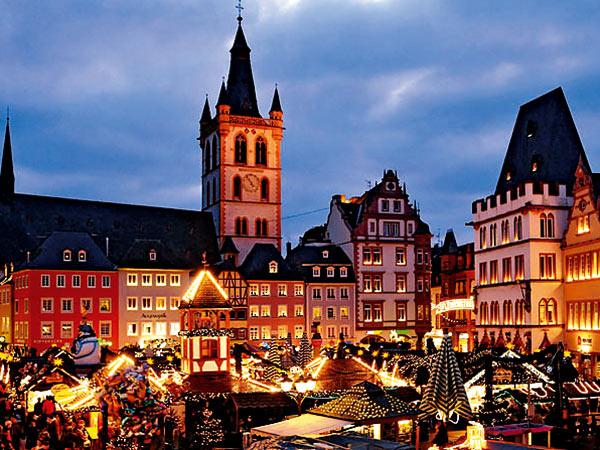 Weihnachtsmarkt Trier Image