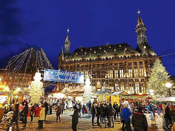 Weihnachtsmärkte Aachen und Schloss Merode Image