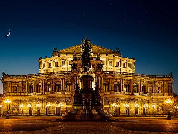 Dresden mit Besuch der Semperoper und der Frauenkirche Image