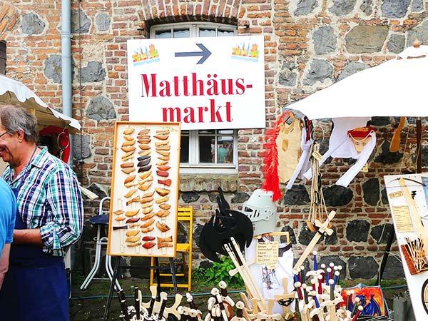 Zons zum Matthäus Markt Image